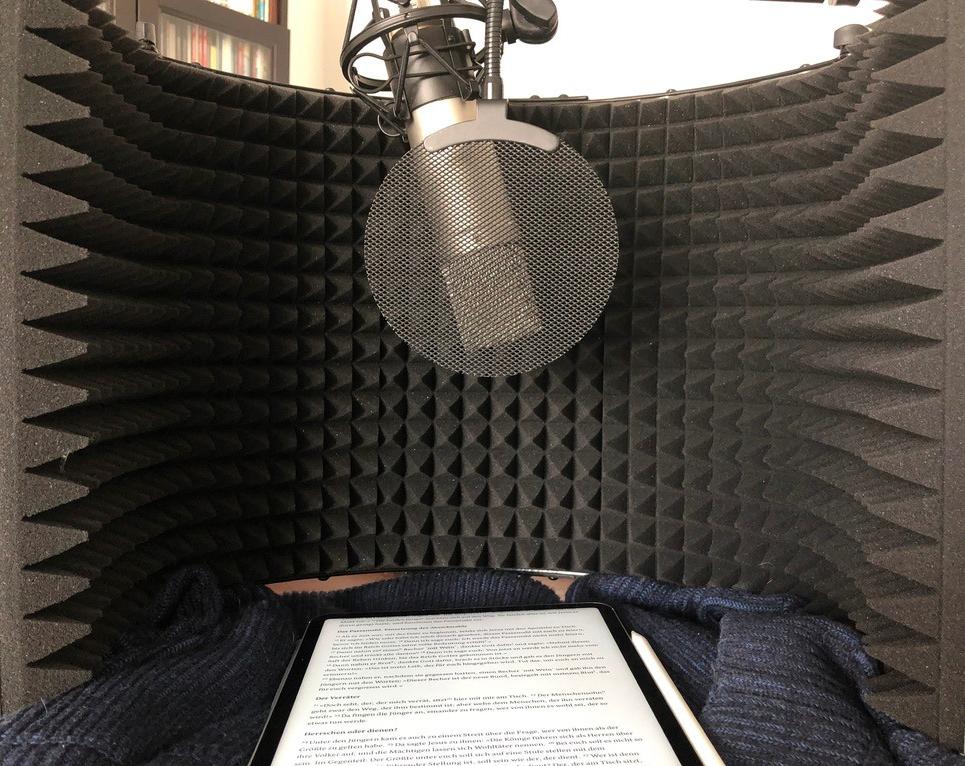 Aufnahme des kleinen HomeOffice-Tonstudios